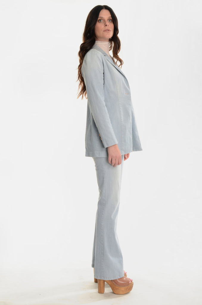 The A&R Denim Blazer - Ava Mann