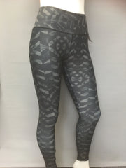 Aura Leggings - Dark Chevron