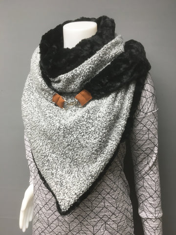 WrapIt - Oversized Triangle Wrap/Shawl
