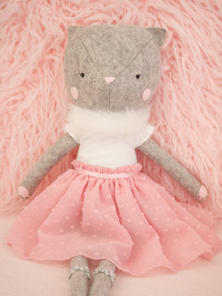 Accessories - Pink & white Christmas outfit - Boo & Bear kids room decor