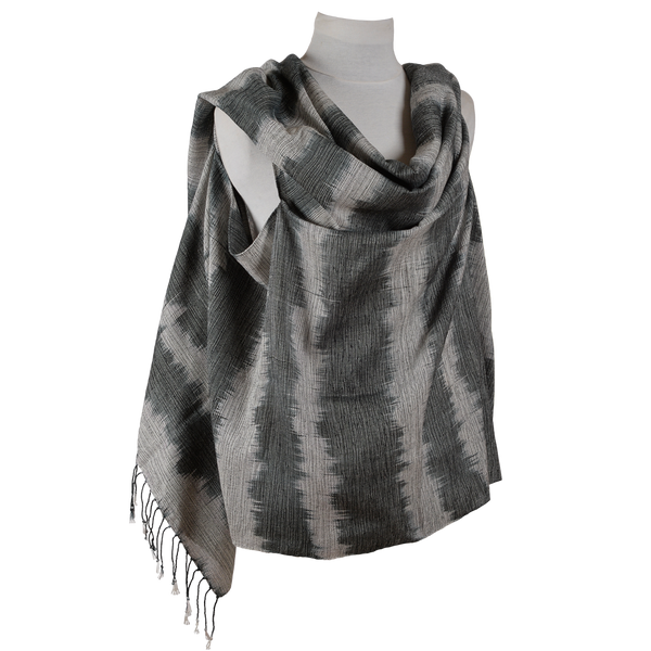 SHAWL w/ two holes - C#17326