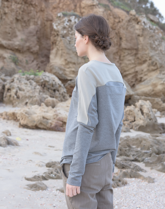 Backfold Sweatshirt | Grey+Beige