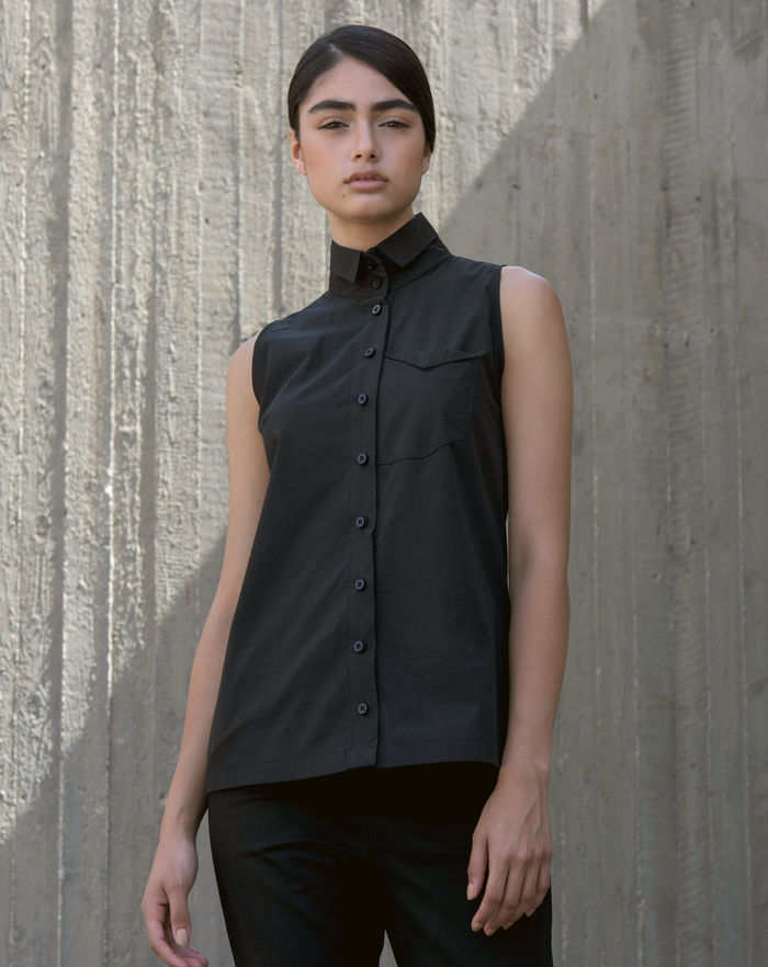 High Corner Blouse | Black