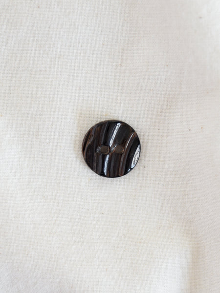 Brown Mussel Button