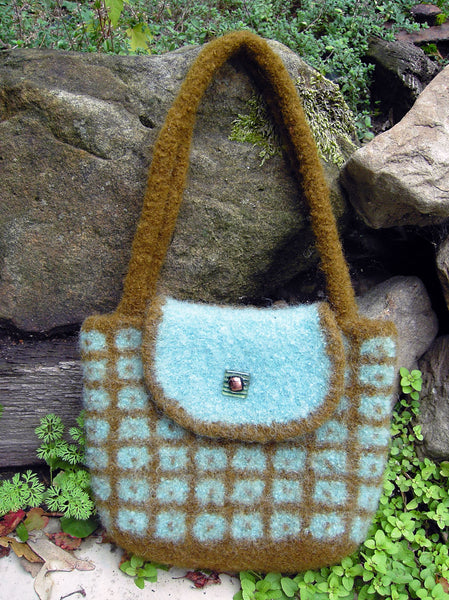 Dot in Box Felted Bag