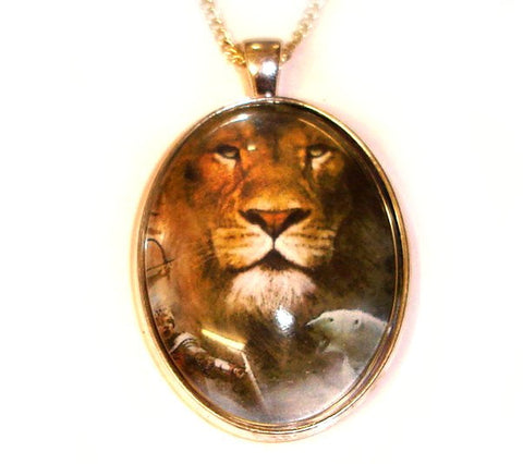 ASLAN NARNiA CAMEO NECKLACE