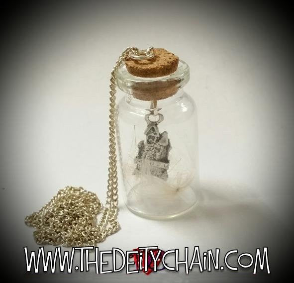FAERiE BOTTLE NECKLACE - 'LiTTLE HOUSE oF THE FAERiE'
