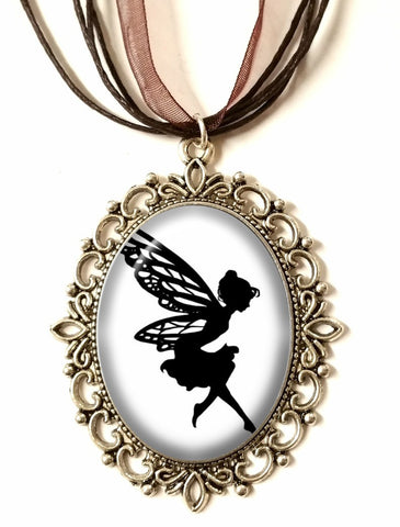 DJF20 - DEiTY FAERiE WiNGS SiLHOUETTE CAMEO NECKLACE