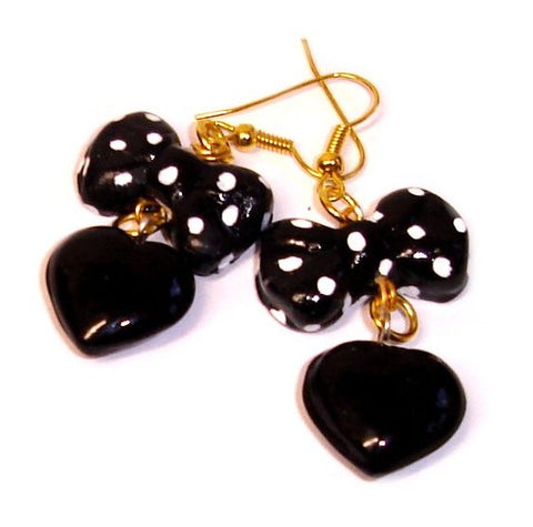 BLACK POLKADOT HEART EAR-RiNGS