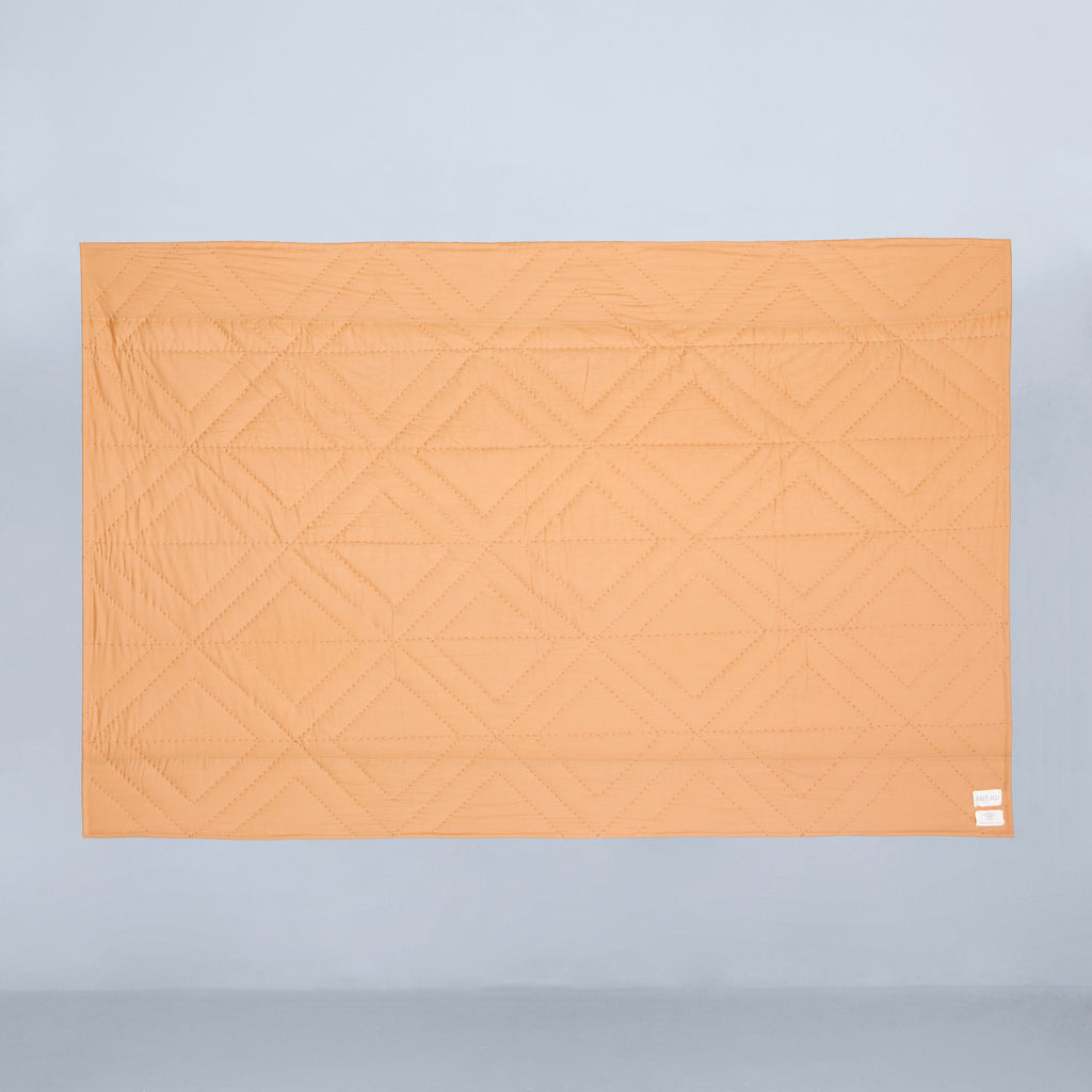 Stella Lounge + Travel Quilt