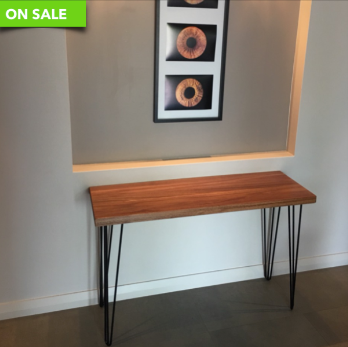 Console Table - Sandndesign