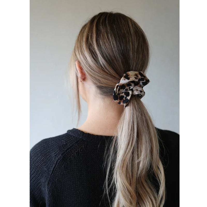 Jasper Scrunchie Winter Polyester brown and Black By Tutti & Co