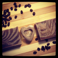 Snug Natural Coffee + Peppermint Soap - www.healthfreakstore.com
