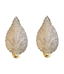 PAIR OF BAROVIER AND TOSO MURANO GLASS LEAF WALL SCONCES WITH SCOLLOPED EDGES