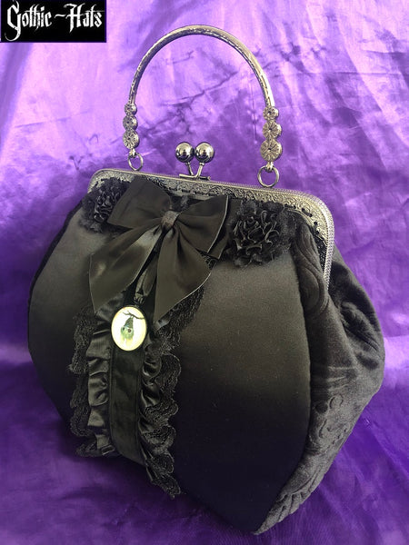 Lilith Calista Bat Bag