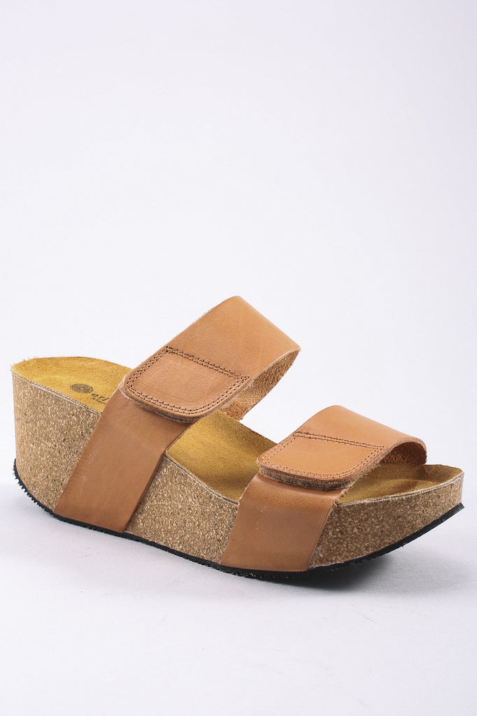 Lily Sandal in Natural