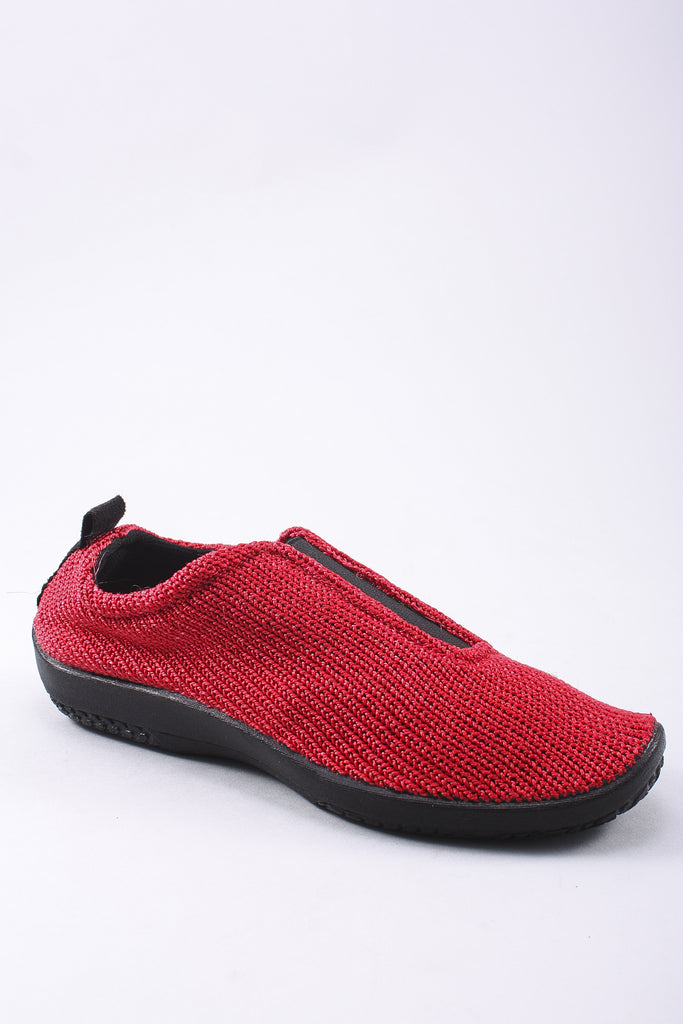 Center Gore Shoe in Red