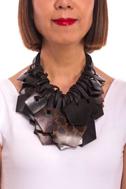 Tortoise Shell Shaped Necklace in Black/Brown