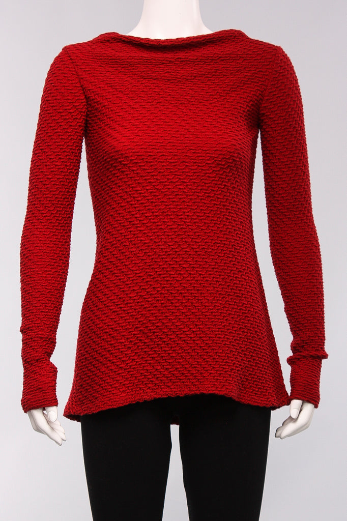 Fitted Knit Top in Red