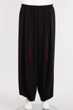 Pant W/Red Pleat in Black/Red