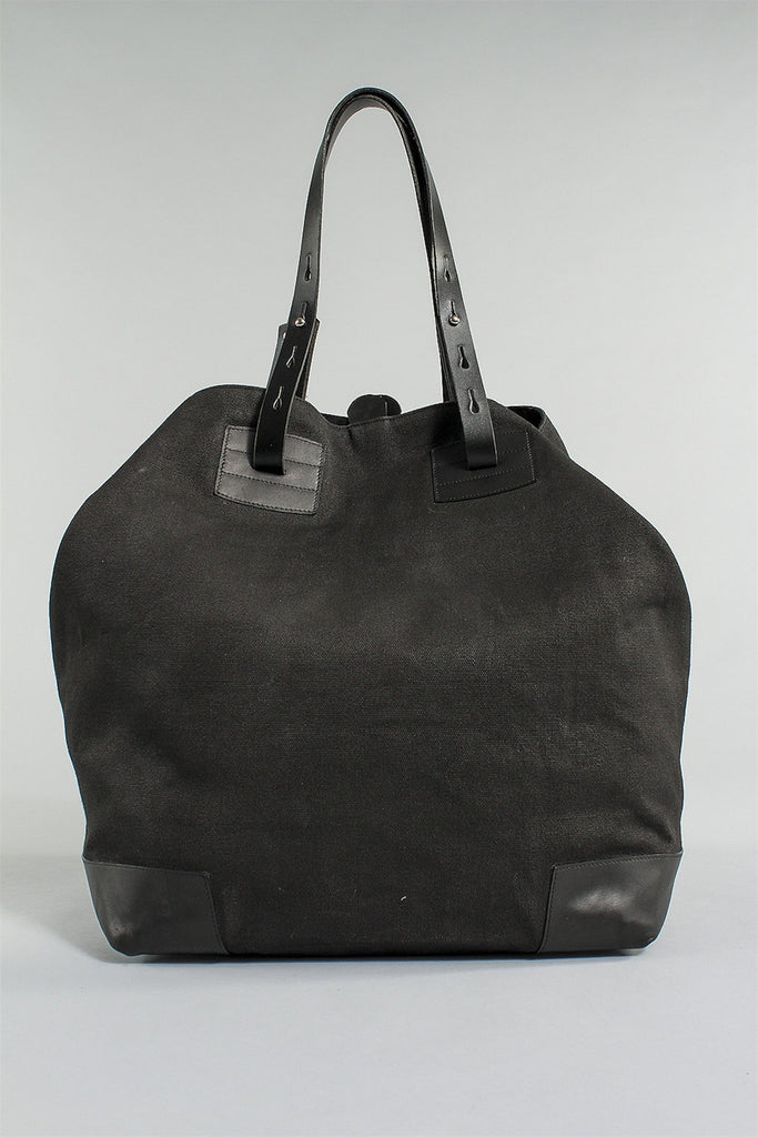 Essential Travel Bag in Black 6023484771 - BLACK*