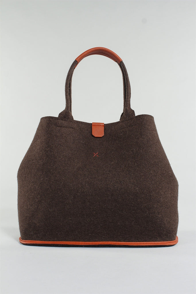Naturi Oval Bag in Bark 6023484786 - BARK*