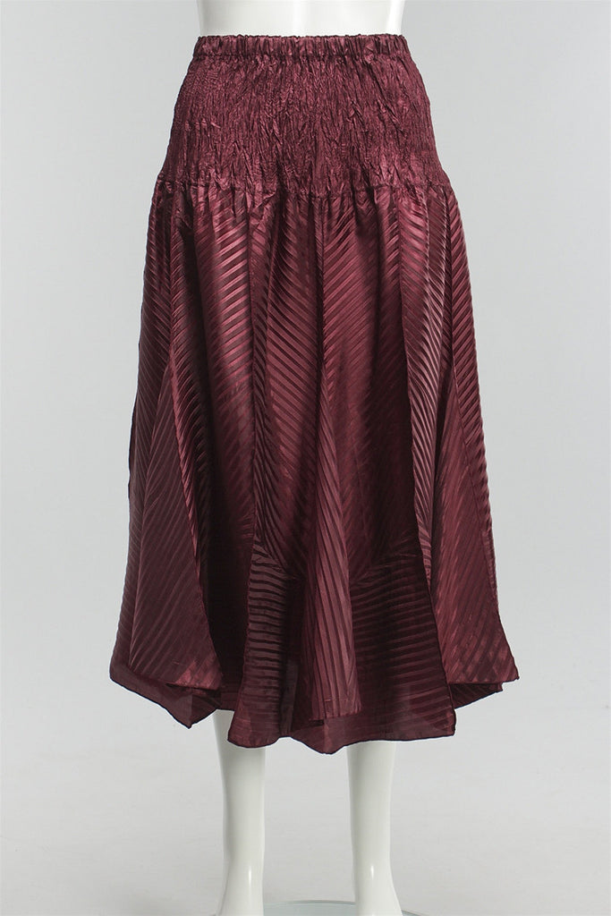 Z Pleat Flat Skirt in Wine 121815-45 - WINE