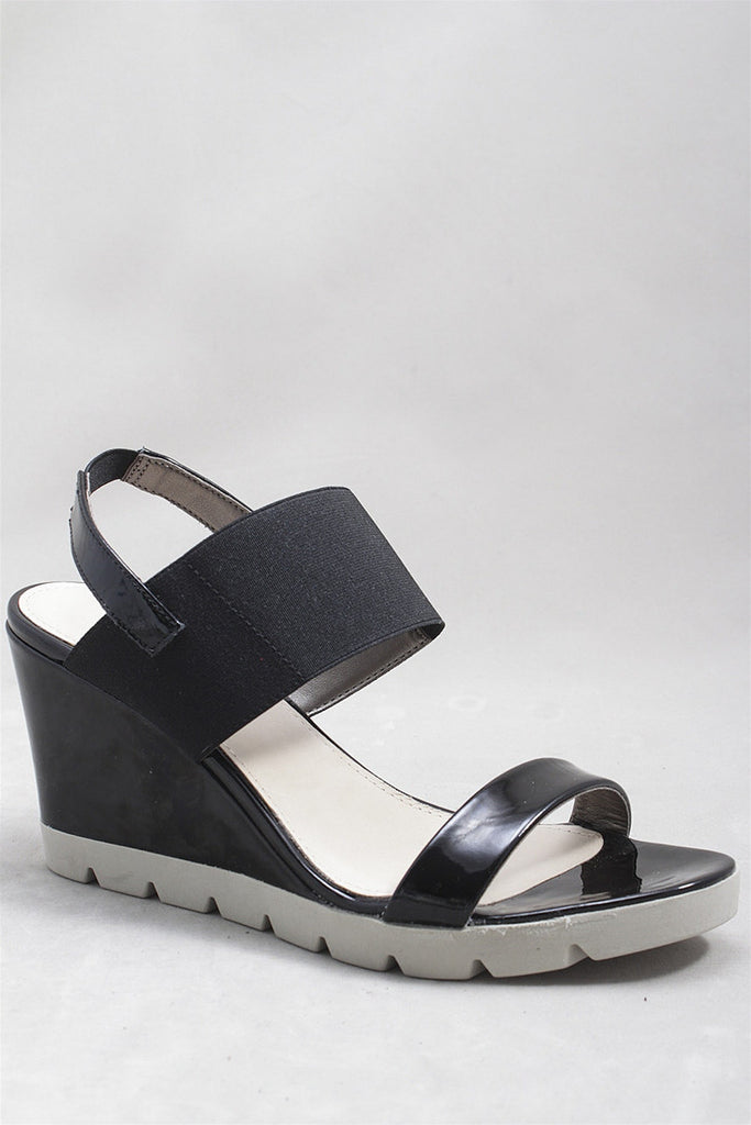 Give A Lot Sandal in Black B606-01 - BLACK