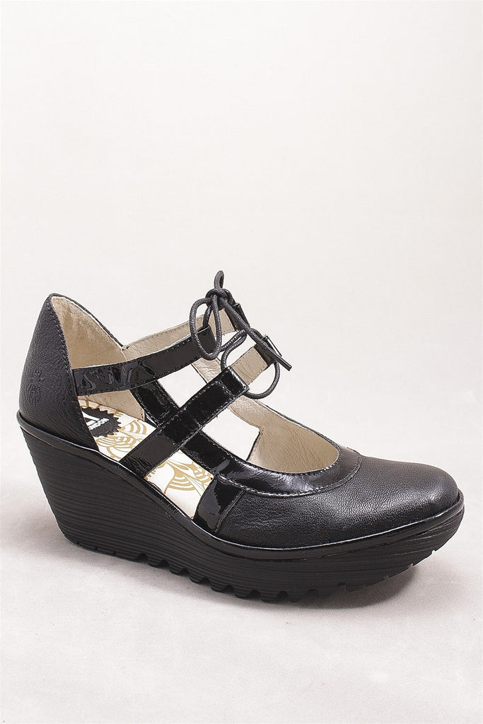 Yett Mousse Shoe in Black YETT M  - BLACK