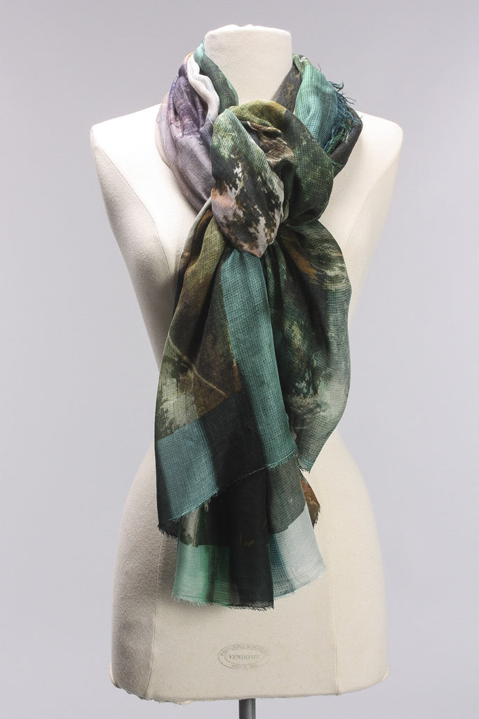 Connected Dreams Scarf in Green