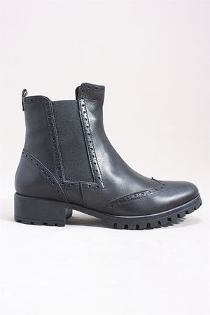 Breanne Boot in Black SI0150 - BLACK