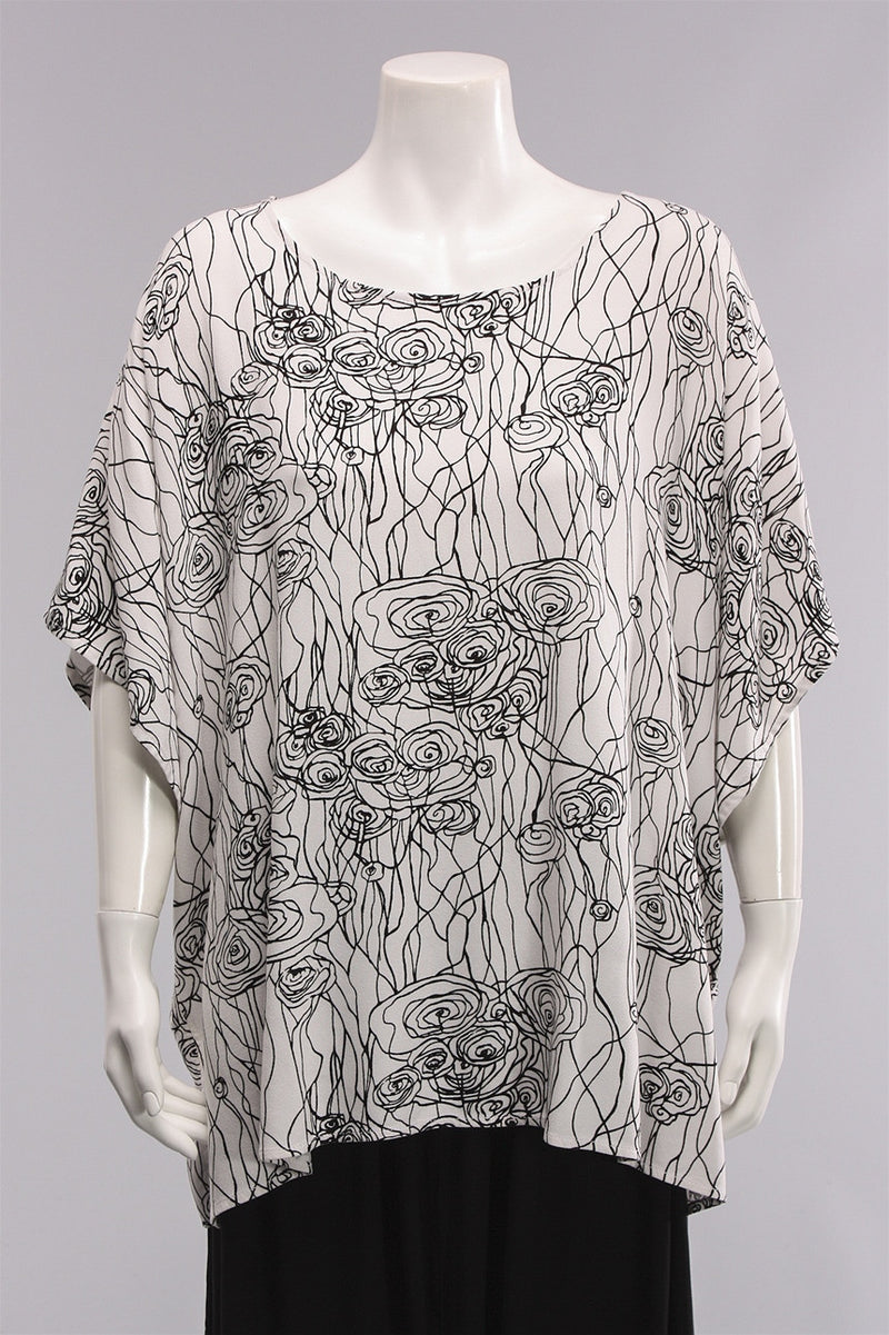 Dairi Top in Black/White