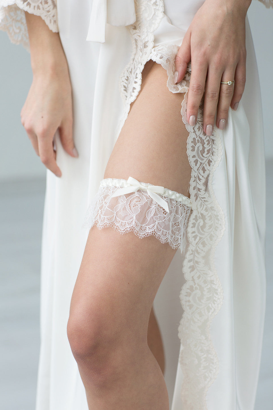 Bridal Garter Champagne Lace Ribbon by Liumy Design Atelje