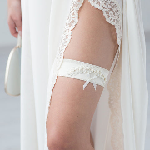 Wedding Bridal Garter Champagne Embroidery Flowers by Liumy - Liumy
