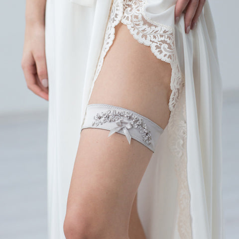 Wedding Bridal Garter Silver Embroidery Flowers by Liumy
