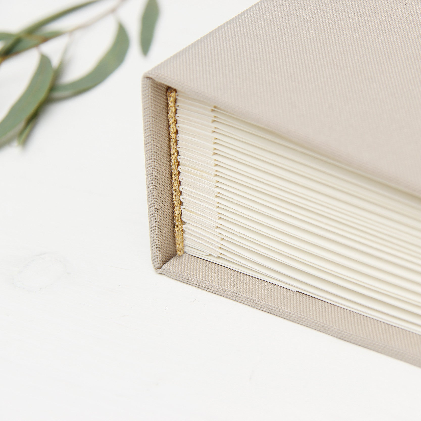 Instant Wedding Guest Book Album Late with White Lettering - Liumy