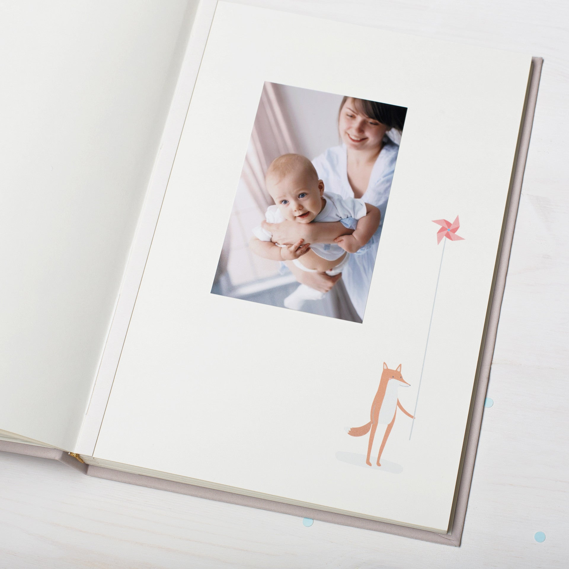 Baby Album with illiustrations for Standard Photos - Liumy