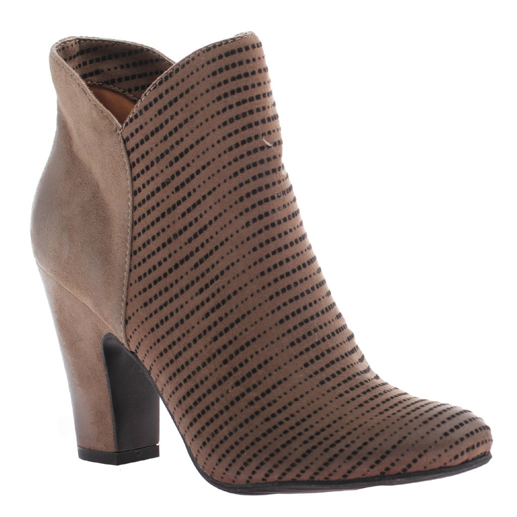85c06006ce05b CECE in AMAZON Ankle Boots
