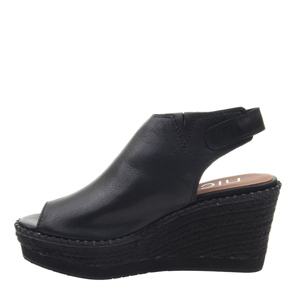 DANETTE in BLACK, left view
