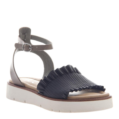 W63299 L in BLACK Wedge Sandals