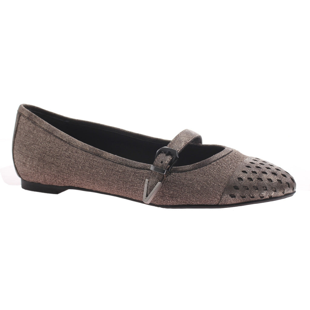Nicole, Gin, New Taupe, Pointed flat with top strap and buckle on the side
