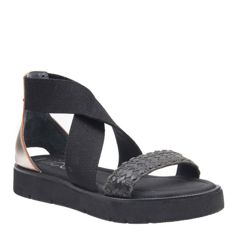 EFFIE in BLACK Flat Sandals