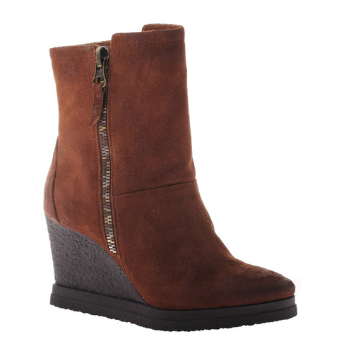 Nicole, Selen, Friar Brown, Wegde bootie with side zippe