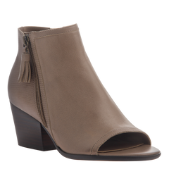 Nicole womens ankle boot Ania in pecan