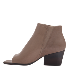 Nicole womens ankle boot Ania in pecan inside view