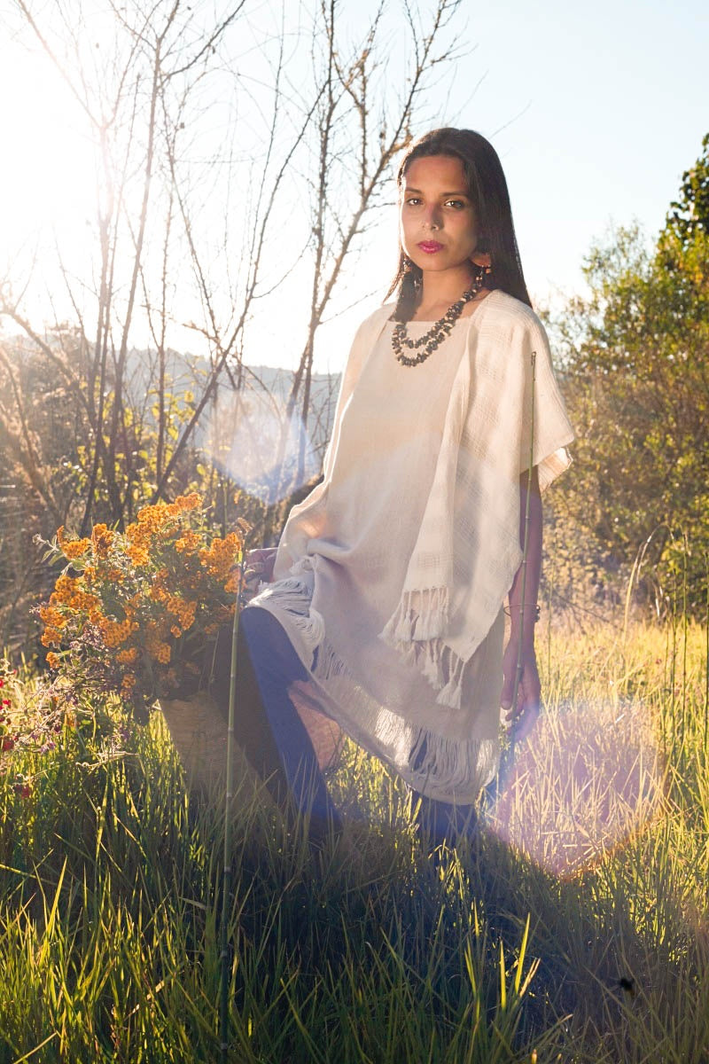 NACAWE NATURAL SHORT PONCHO
