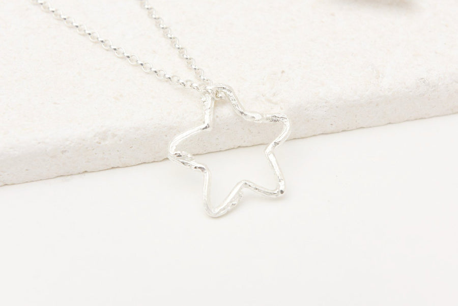 Twig star necklace