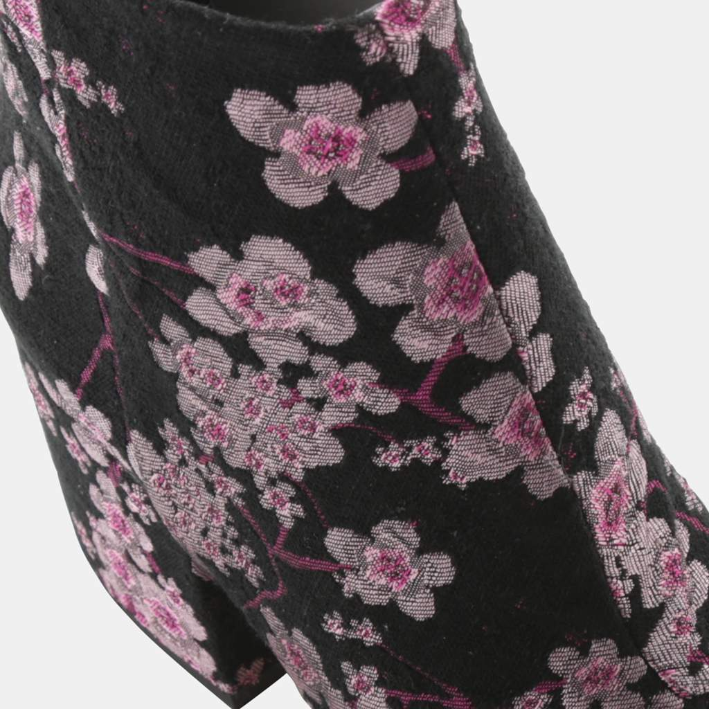 PINK MULTI BROCADE FABRIC