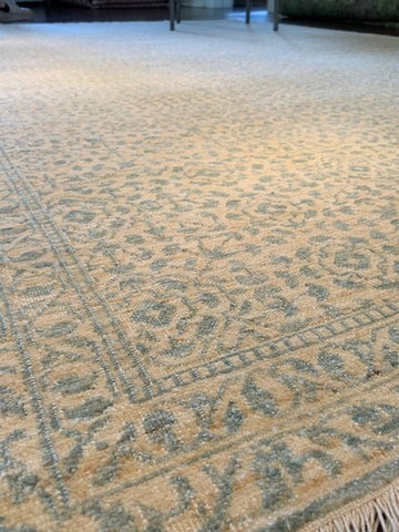 "S 6995 Nile by Wool and Silk Rugs, in Ivory Blue 6'1"" x 9'1"""