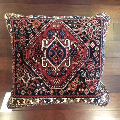 7765 Antique Quashquii Bagface Pillow